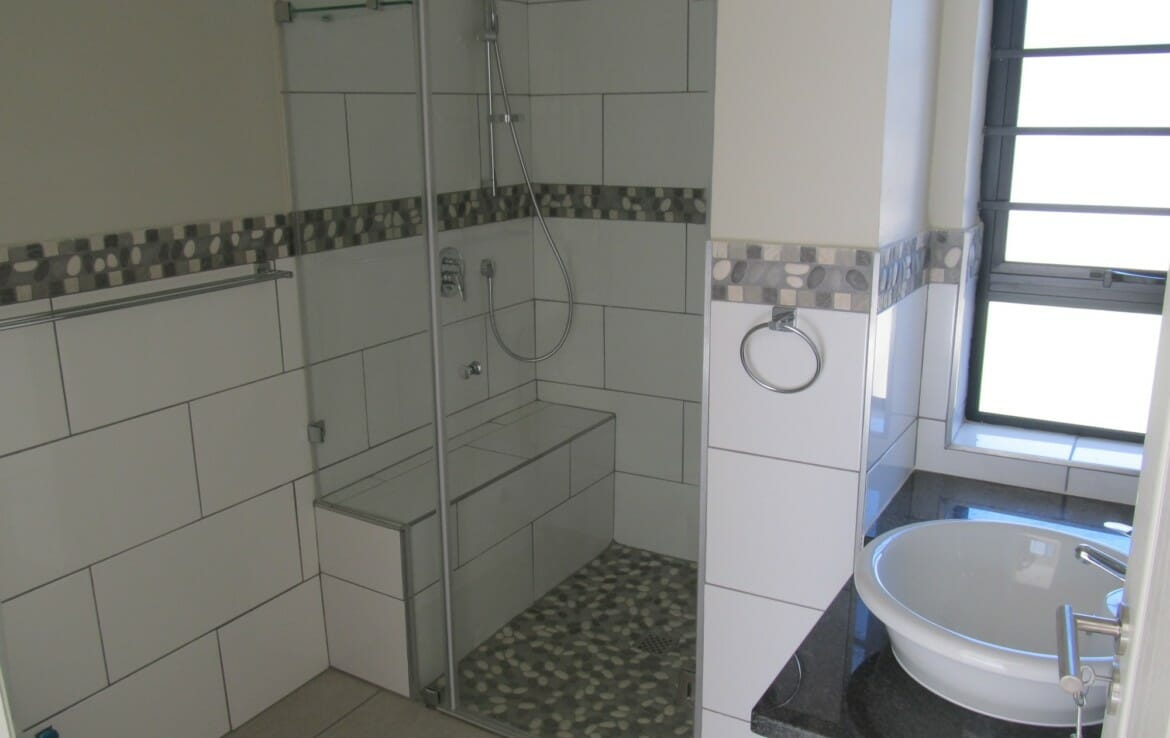 Long Term Rental Available 1 Bedroom Apartment Blue Mountain